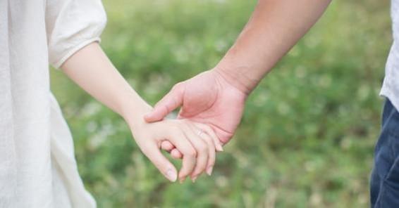 結婚指輪いつつける?