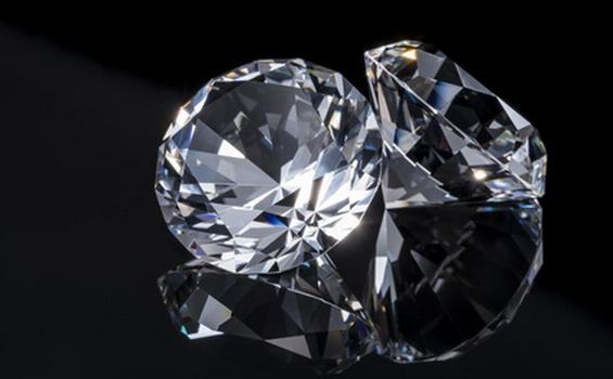 ダイヤモンドリングのお手入れ方法