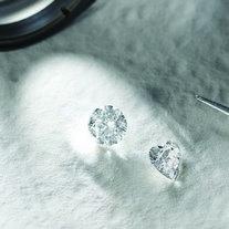 ダイヤモンドの4Cって実際どうなの?サムネ